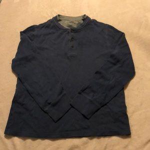 Blue pullover long sleeve shirt
